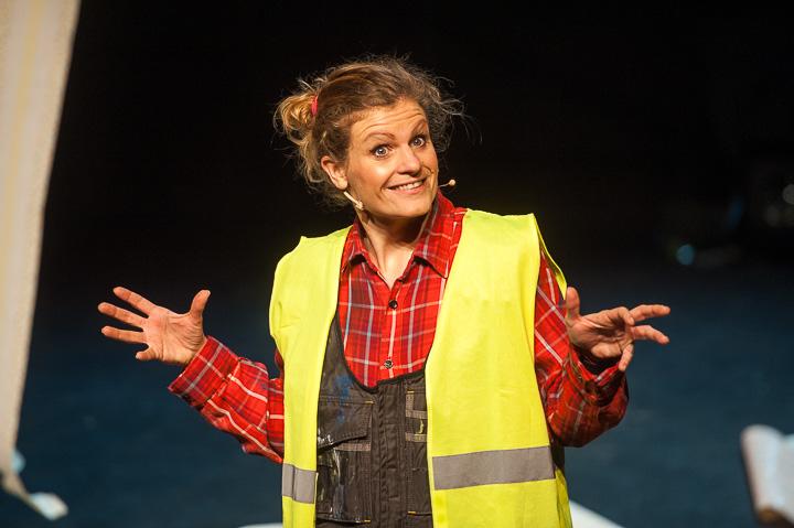 Nele Goossens – Dag Janine en dag José (CABARET) @ Theater Peeriscoop